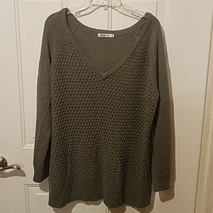 JustFab XL gray knitted sweater